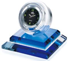 ともに時を刻む ガラスの置き時計